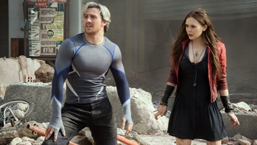Marvel's Avengers: Age Of Ultron Quicksilver/Pietro Maximoff (Aaron Taylor-Johnson) and Scarlet Witch/Wanda Maximoff (Elizabeth Olsen) Ph: Jay Maidment ©Marvel 2015